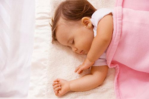 Giấc ngủ của trẻ sơ sinh 2