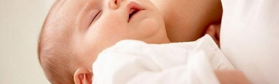 Trẻ sơ sinh bị viêm phế quản phổi phải điều trị làm sao?
